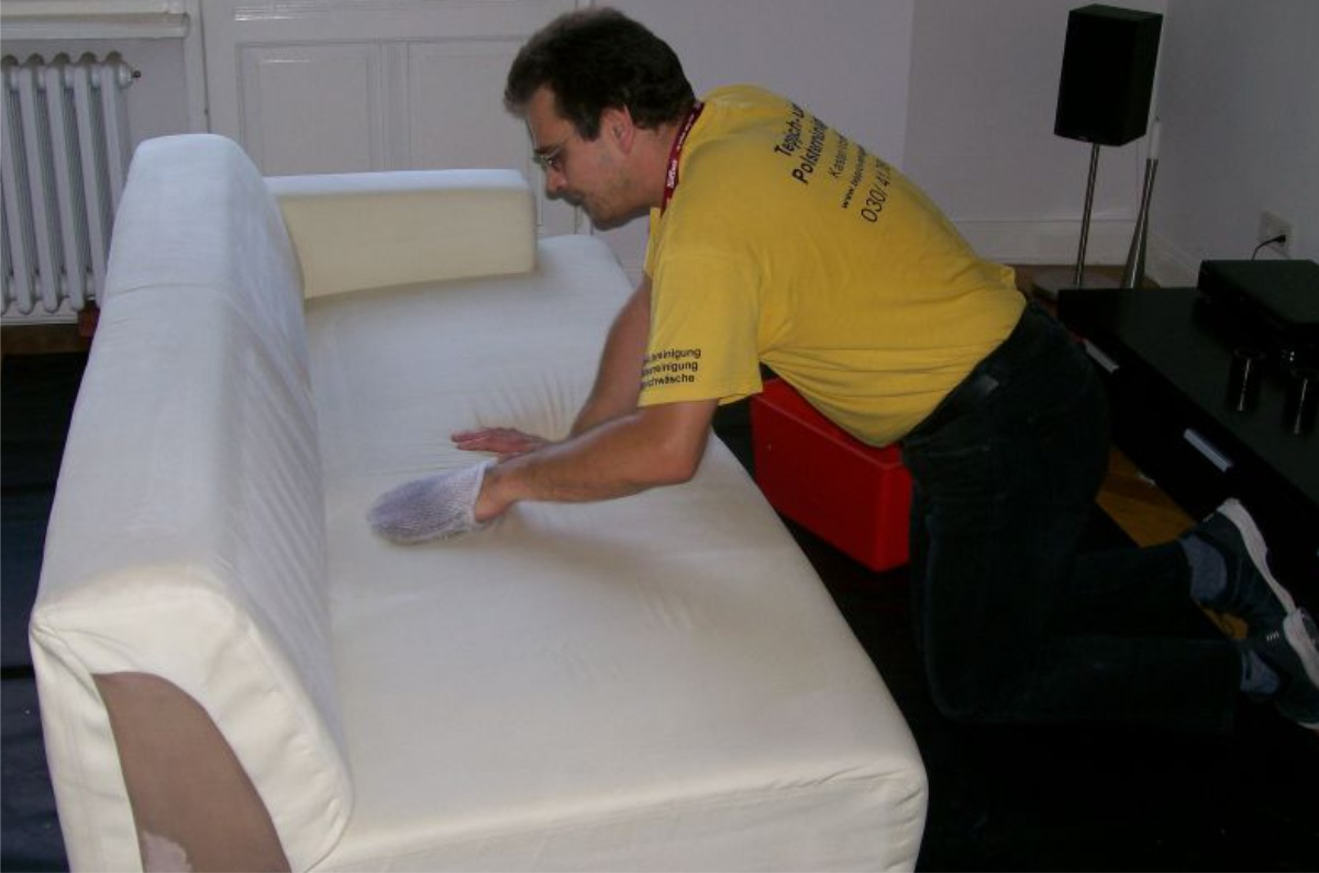 Profi Polsterreinigung Reinigung Textiler Polster Berlin Umland